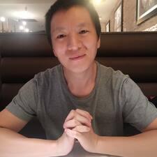 Jian is the host.