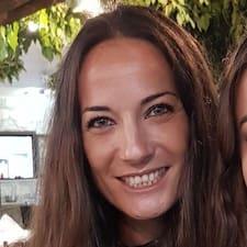 Ελινα är en Superhost.