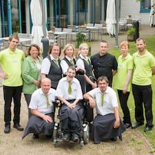 Team Hotel Ostseeländer er en superhost.