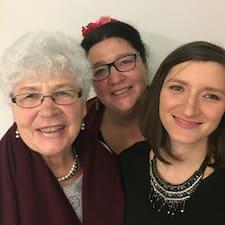 AAA: Annekäti, Annette & Anouk est un Superhost.