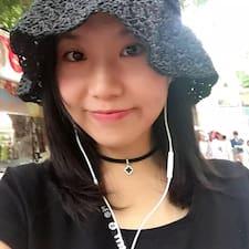 朋朋 User Profile