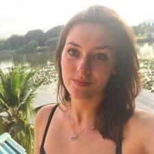 Laurène felhasználói profilja