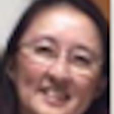 โพรไฟล์ผู้ใช้ Pik Yuen