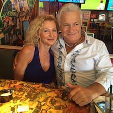 Laura & M Seanさんのプロフィール