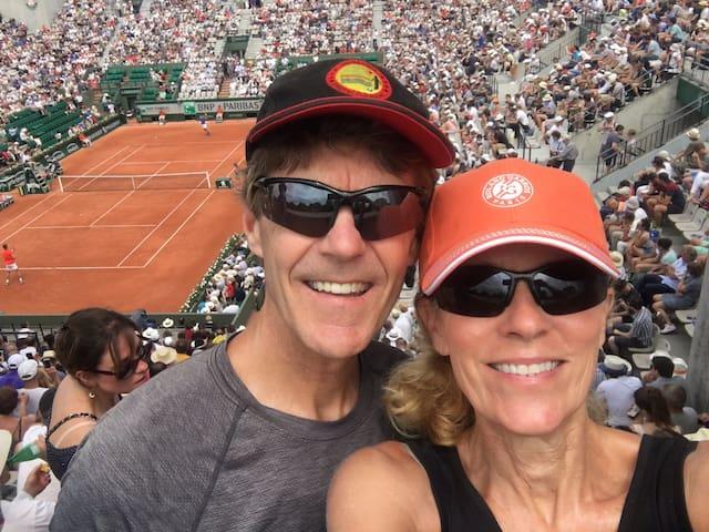 Joanie & Scott