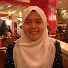 Nureen felhasználói profilja