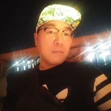 Profil korisnika YoungWoong