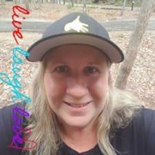 Raelene User Profile