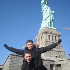 Davide&Paolo est un Superhost.