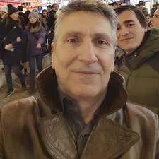 โพรไฟล์ผู้ใช้ Kostas