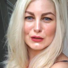 Iolanda Cristina felhasználói profilja