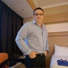 Profilo utente di Darren