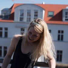 Marie-Therese felhasználói profilja