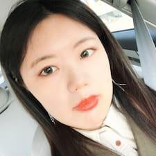 楚千 felhasználói profilja