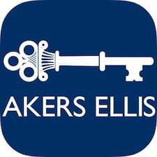 Akers Ellis felhasználói profilja