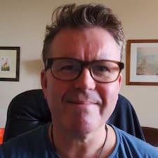 Få flere oplysninger om Chris