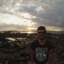 Profil Pengguna Michael Bruno