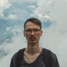 Андрей的用户个人资料