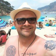Orestas User Profile
