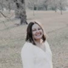 Lainey felhasználói profilja