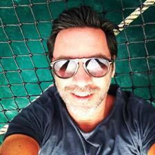 Massimiliano felhasználói profilja