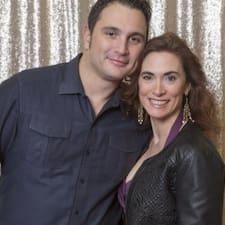 Το προφίλ του/της Karen And Gilles