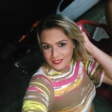 Samira Brukerprofil