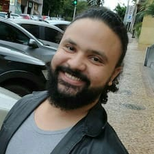 Isaque felhasználói profilja