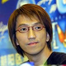 耀威 User Profile