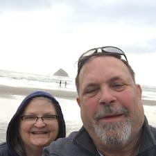 Gordon And Julie felhasználói profilja