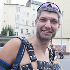 Clemens felhasználói profilja