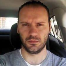 Luis Gustavo User Profile