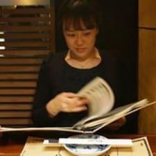 Yun-Kyung felhasználói profilja