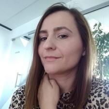 Ana-Maria Brukerprofil