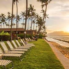 Профиль пользователя Castle Paki Maui