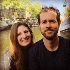 Eric And Linsey is een SuperHost.