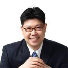 Jonathan YongChul的用戶個人資料