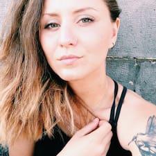 Chiara Francesca User Profile