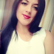 โพรไฟล์ผู้ใช้ Yenni Alejandra