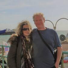 โพรไฟล์ผู้ใช้ Yelena & David