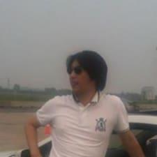 Jooyoung felhasználói profilja