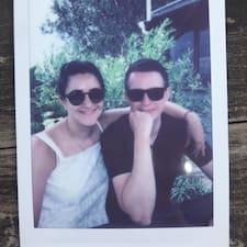 Profilo utente di Sophie & Jonathon