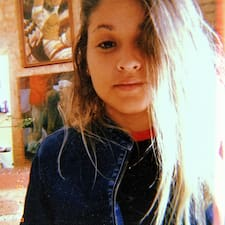 Cynthia Lorena