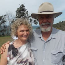 Liz & Bob to Superhost.