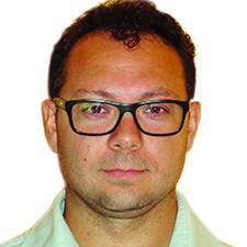 Adriano felhasználói profilja