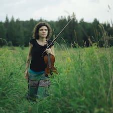 Elena Brugerprofil