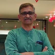 Vinayaka Sarma Superhost házigazda.