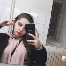 Claudia Brugerprofil