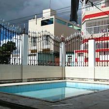 โพรไฟล์ผู้ใช้ Pousada Colonial