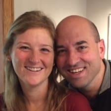 Profil korisnika Jeff And Sarah